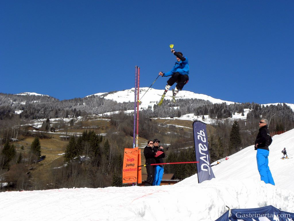 SnowXcross Dorfgastein: high jump contest